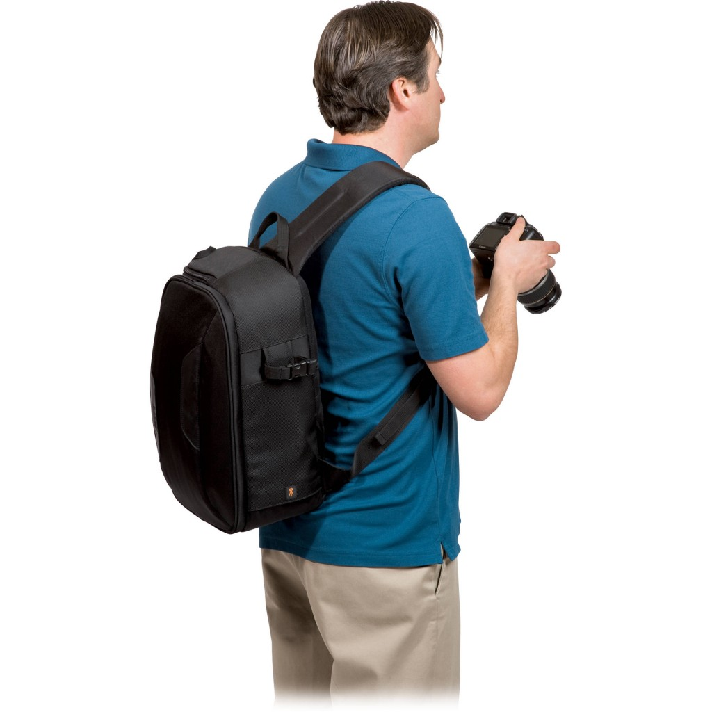 Lowepro Classified Sling 220 aw 4