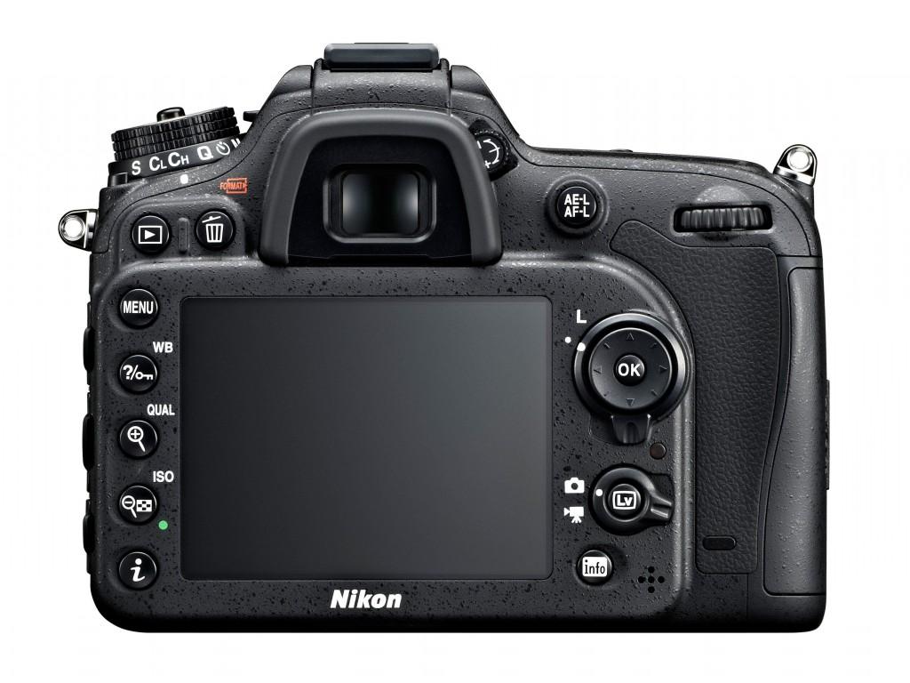 Nikon D7100_back