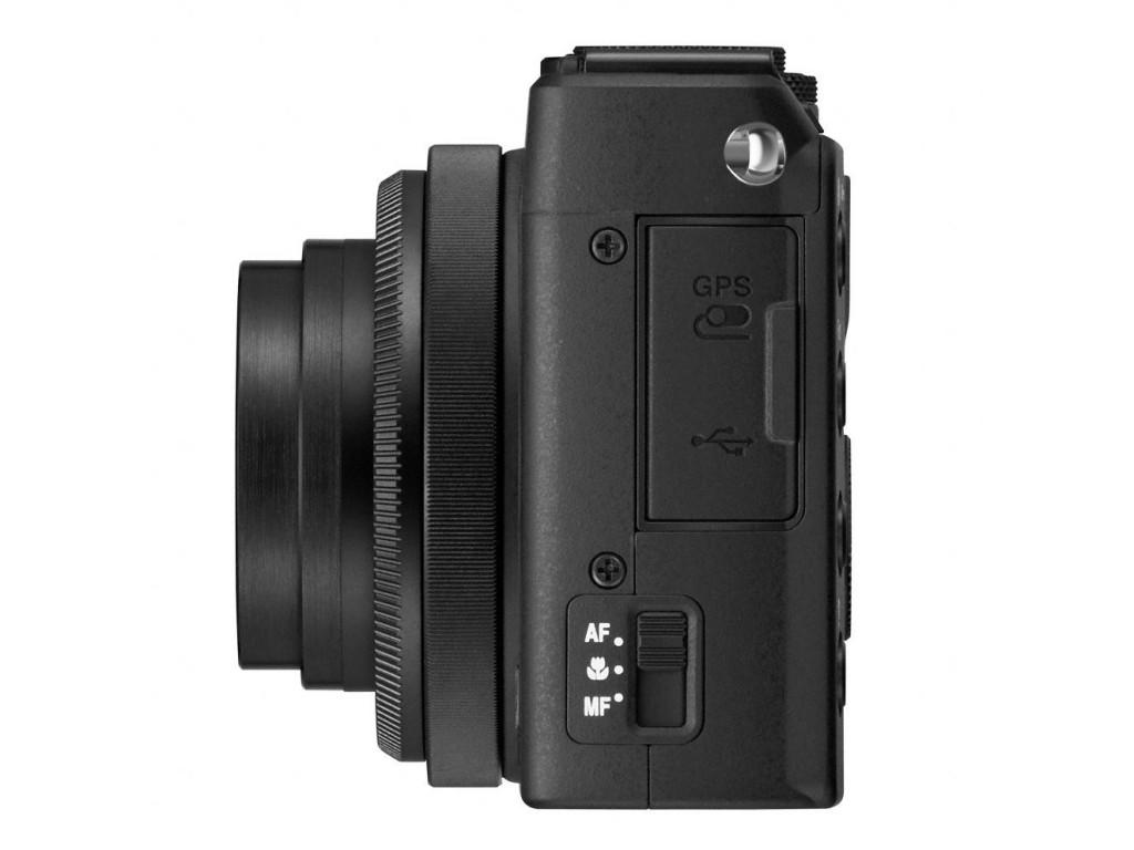 Nikon COOLPIX A 2