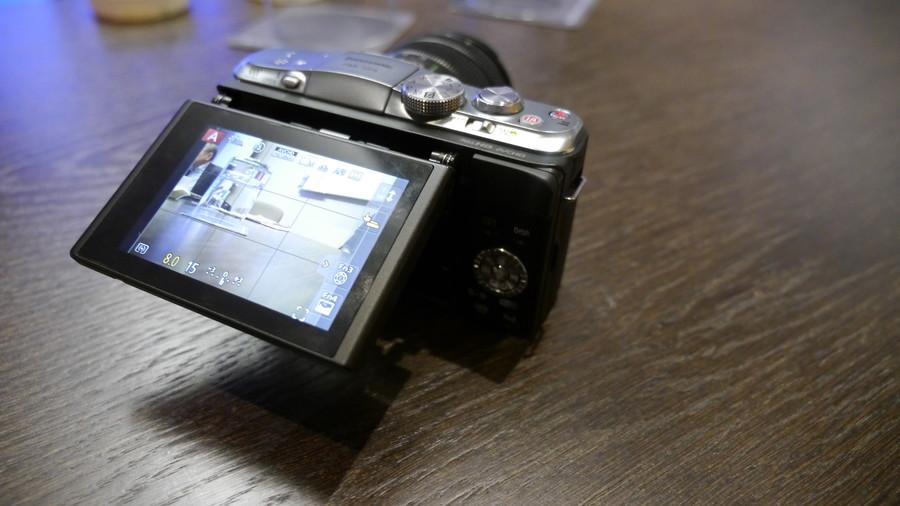 Panasonic Lumix DMC-GF6 1