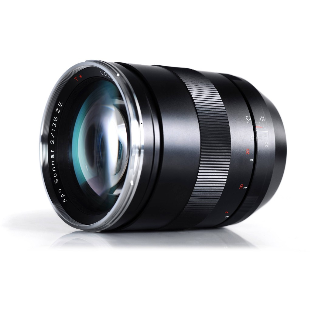 Zeiss 135mm f2 Apo Sonnar T ZE Lens for Canon EF Mount