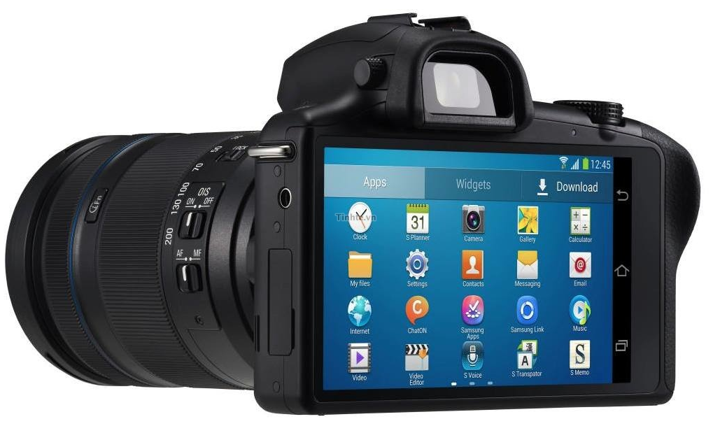 Samsung Galaxy NX Mirrorless Camera 1
