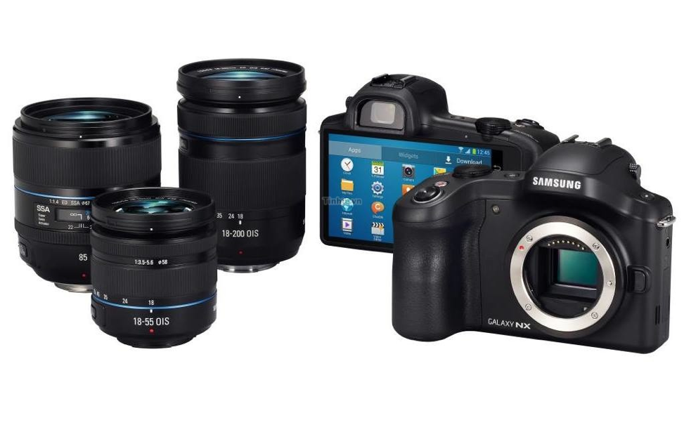 Samsung Galaxy NX Mirrorless Camera 2