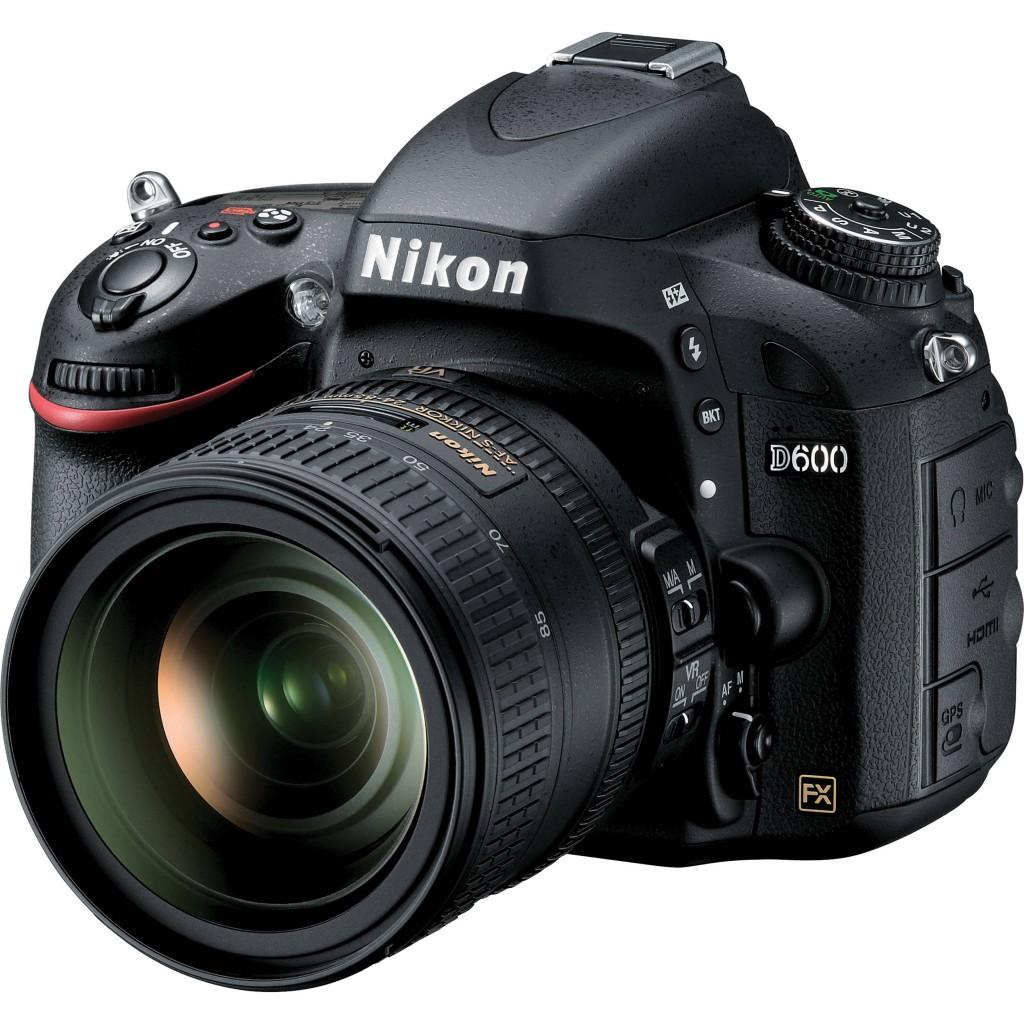 Nikon D600 24-85mm