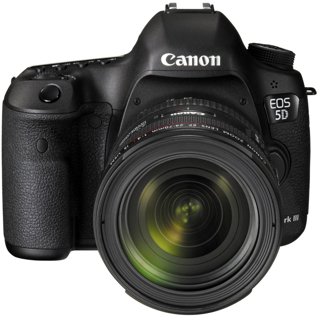 Canon 5D Mark III with EF 24-70mm f4l is usm 1