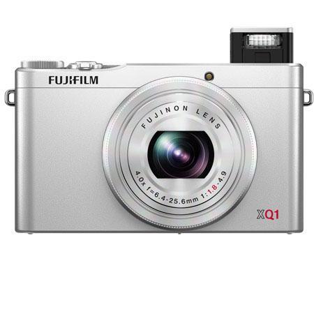 Fujifilm XQ1 silver front 2