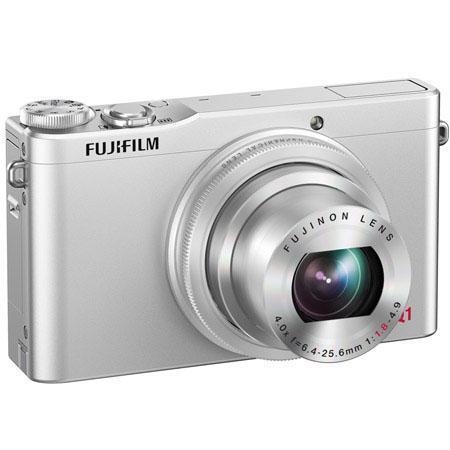 Fujifilm XQ1 silver