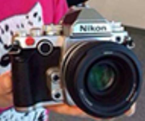 Nikon-Df-camera in silver