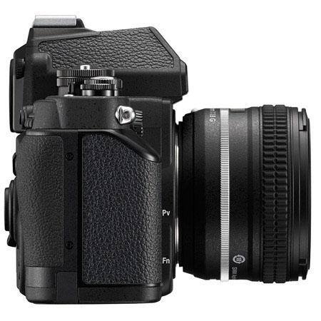 Nikon Df side 1