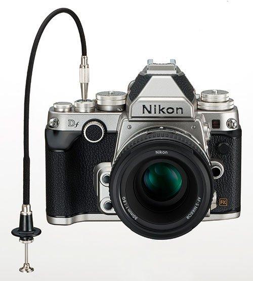 Nikon-Df silver -front