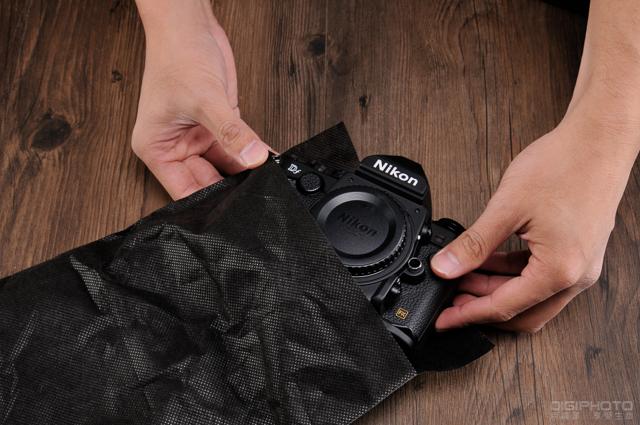 Nikon Df unbox 3