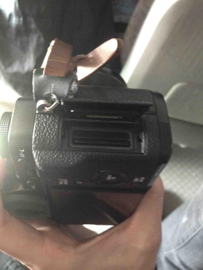 Fujifilm X-T1 side1
