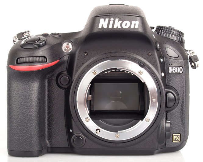 Nikon will to Replace Defective Nikon D600 if the Dust Issue