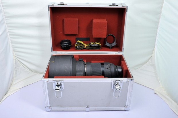 Nikon AI-S Nikkor 300mm f 2 ED IF lens box