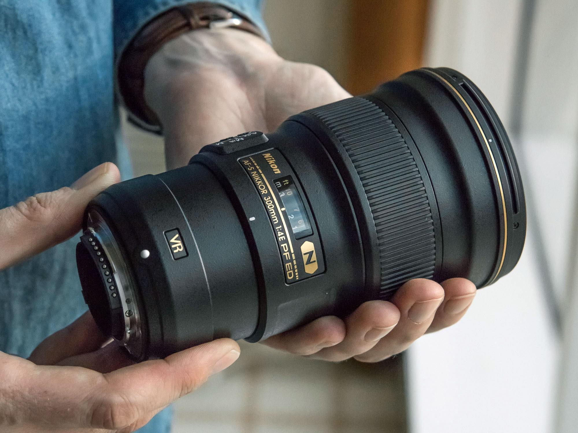 Nikon 300mm f//4E PF VR AF-S ED-IF Telephoto Nikkor Lens