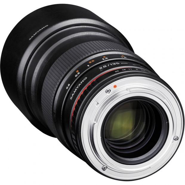 Samyang-135mm-f2-ED-UMC-lens 1