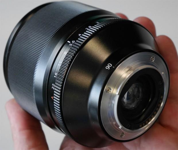 Fujifilm-xf-90mm-f2-lens