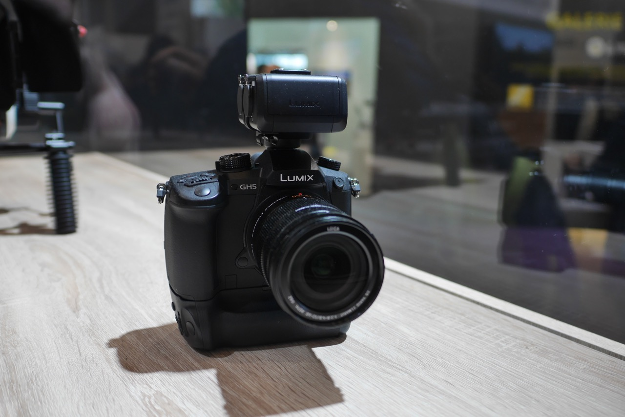 Panasonic Camera Rumors News At Cameraegg Part 3 Lumix Gh5 Body Lens Leica 12mm F 14 Asph The Hasnt Yet Released And Price Of Also Havent Announced Here Are Some More Specs According To 43r