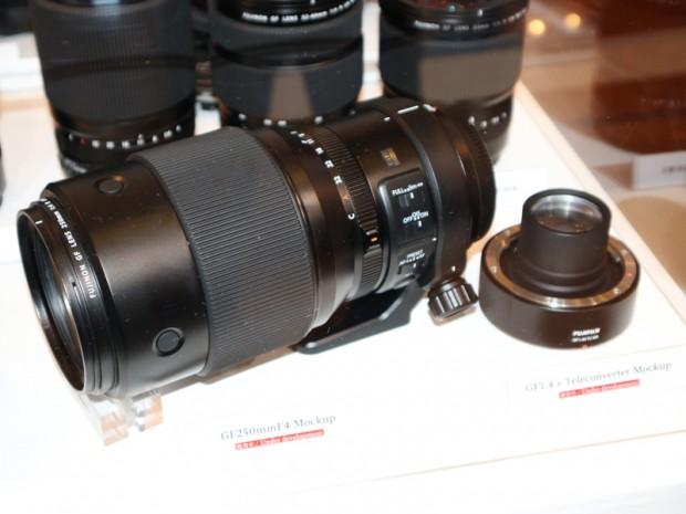 Fujifilm-GF-250mm-f4-R-LM-OIS-WR-lens
