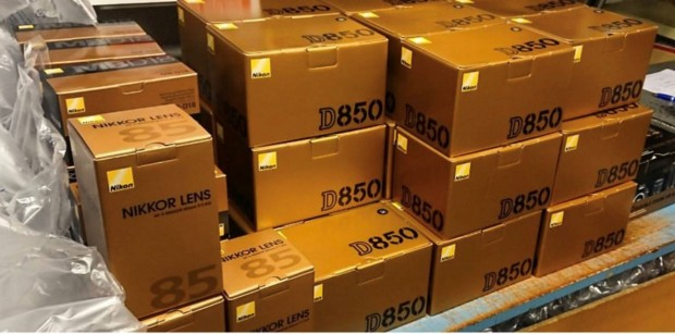 Nikon D850 In Stock / Availability Tracker